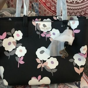 KATE SPADE PURSE (never been used)